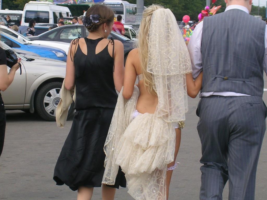 Самые ужасные свадебные платья 12